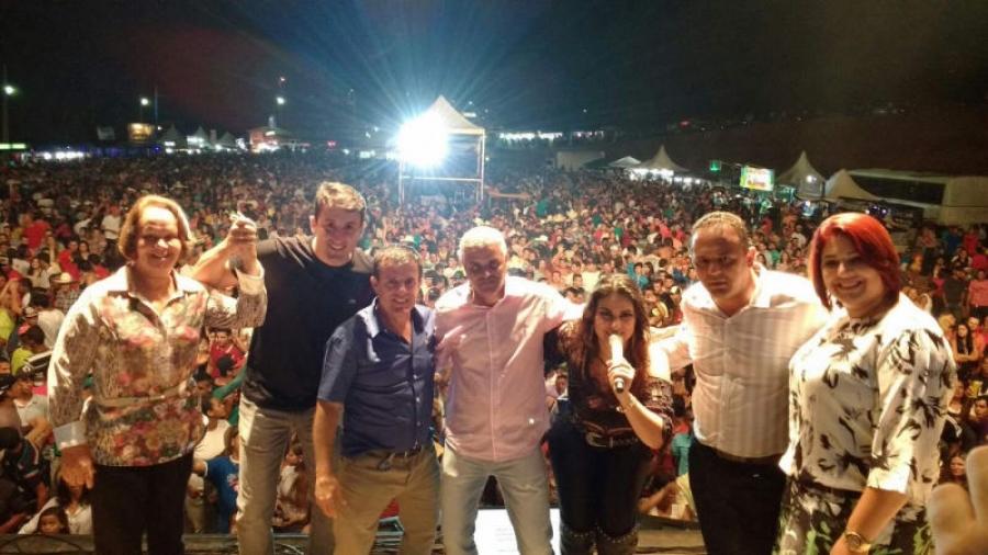 Grande público prestigia aniversário de Martins Soares